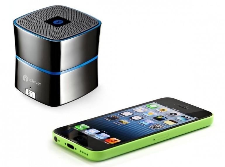 iClever BTS02 Bluetooth Speaker 3